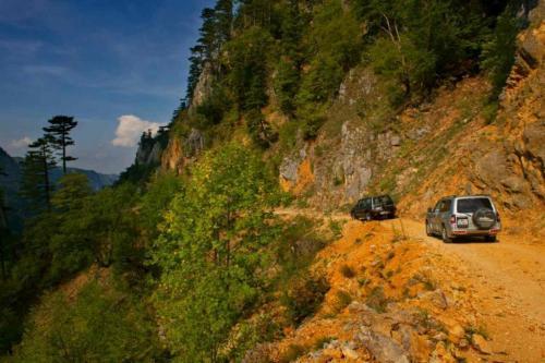 durmitor-rafting-jeep-safari-galery-1-1024x683