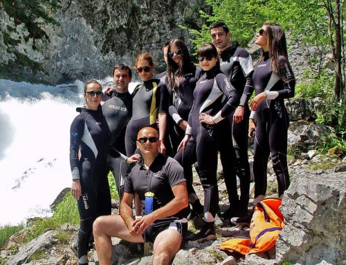 two-day-tara-rafting-800x611
